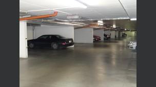 garáž Hlaďova ul.